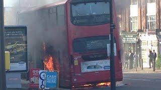 Download London bus explode in Wallington Video