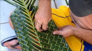 Download Artesanato com folha de coqueiro Video