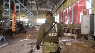 Download Iraqi forces discover 2 IS group arms factories Video