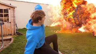 Download 1000 Degree EXPLOSION Experiment *GONE WRONG* Video