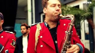 Download Meute - The Man With The Red Face | Live Plus Près De Toi Video