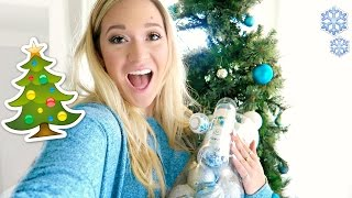 Download DECORATING THE CHRISTMAS TREE!!! Video