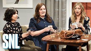 Download Girlfriends Game Night - SNL Video
