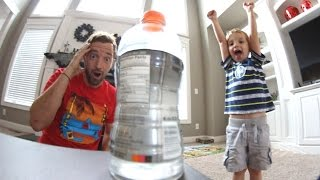 Download FATHER SON BOTTLE FLIPPING! Video