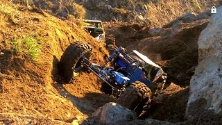 Download Brushless Gmade R1 vs 2 Axial Wraiths, custom rock crawler Video