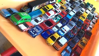 Download 76 Japanese toy cars Video