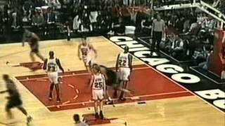 Download Tim Hardaway (30pts/5threes/7asts) Scores 26 in a Half vs. Bulls (1996 Playoffs) Video