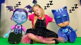 Download Assistant Pretend Play with PJ Masks Wolfy Kids Take Candy from Vampirina's Party Video