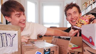 Download International JOLLY MAIL TIME!! Opening TIME SENSITIVE Boxes!?📦📦⁉️ Video