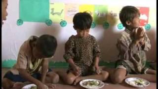 Download 【カンボジア】 スラムで暮らす子どもたち (国際協力) Video