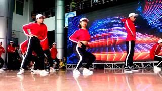 Download [Khoa HTTT - UEL] Nhảy hiện đại - UEL's Day 2017 Video