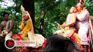 Download Wali Band - Ada Gajah Dibalik Batu (Official Music Video NAGASWARA) #music Video