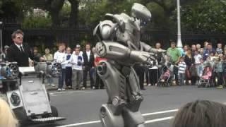 Download Robot at Street Performer's Fair, Dublin 2009 Video