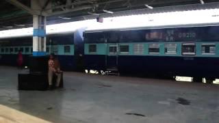 Download Padatik Express Pulling into Kolkata Sealdah Station - 190411 Video