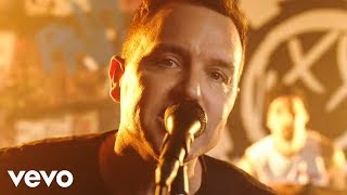 Download blink-182 - Bored To Death Video