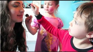 Download ♥Little Kid Does My Makeup TAG♥ Video