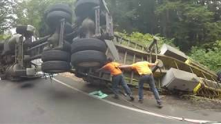 Download LOADED VOLVO SEMI ROLLOVER Video