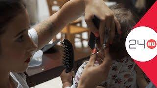 Download Önkéntes fodrászok vágják, állami gondozott gyerekek haját | 24.hu Video