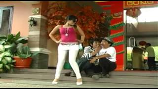Download Reng Lake' Pappaan - Yessy Kurnia Feat Edy Basran Video