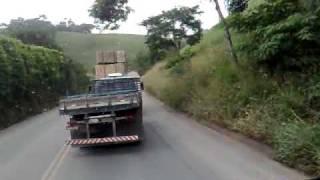 Download Imprudencia no transporte de bloco de pedra-cachoeiro Video