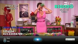 Download Veronika (Lucia Ocone) presenta Bigodò - Quelli che il calcio 05/10/2014 Video