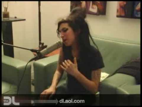 The DL - Amy Winehouse 'Valerie' Live