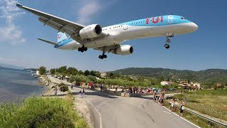 Download WTF!! Boeing 757 using the REVERSE GEAR - Skiathos Airport Video