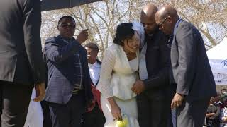 Download Dumisani Masilela's wife breaks down at husband's grave Video