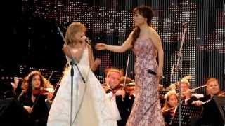 Download Jackie Evancho & Sumi Jo - Con Te Partiró - St Petersburgo Video