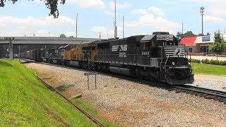 Download NS 118 rolls north in Stockbridge, Ga. Video