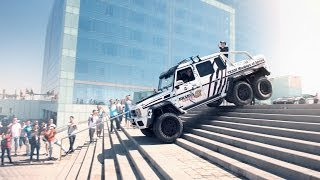 Download Brabus Mercedes G63 AMG 6x6 700 in the 2014 Gumball 3000 - Team Betsafe Video