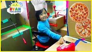Download Ryan Pretend Play with Box Fort Pizza Delivery! Video