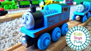 Download Thomas and Friends Wooden Railway Toy Train Collection Video