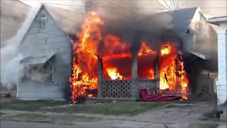 Download Newark Ohio Fire Department working house fire 232 S Williams incident command with audio Video