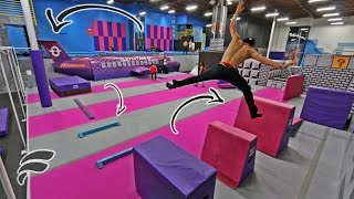 Download SUPER TRAMPOLINE PARK OBSTACLE COURSE Video