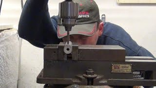Download Old Machinists Mill Trick To Quickly Find a Rod Centerline Video