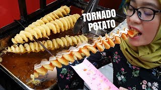 Download Crispy & Tasty 🍢Tornado Potato🍢 MAKARENA at Festival Kuliner Pontianak Video