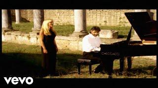 Download Andrea Bocelli, Marta Sanchez - Vivo Por Ella Video