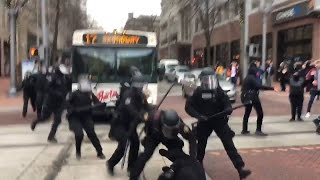 Download GRAPHIC LANGUAGE WARNING: Police move in on protestors in downtown Portland Video
