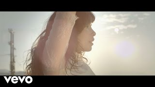 Download Indila - S.O.S Video