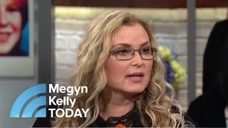 Download Meet The Woman Investigating Cold Case Murders From Her Couch | Megyn Kelly TODAY Video