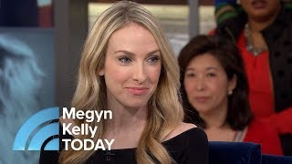 Download Woman Born With Unusual Birthmark Discovers She Is Her Own Twin | Megyn Kelly TODAY Video