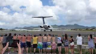 Download people get blown away at Maho Beach St-Maarten Video