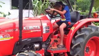 Download คูโบต้า ขอหัดขับหน่อย Video
