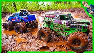 Download RC MONSTER TRUCKS in MUD TOW CHALLENGE! Video