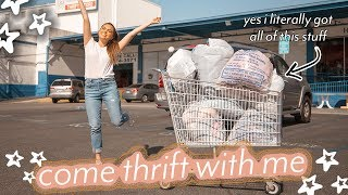 Download THRIFT WITH ME AT THE LARGEST THRIFT STORE IN LA ♡ Video