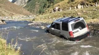 Download Land Rover Discovery 3 Extreme river off road Экстремальное вождение по реке Ленд Ровер Дискавери 3 Video