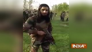 Download New video of 30 Kashmiri militants goes viral Video