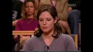 Download Barbara Salesch (SAT.1) - Die brutale Jungfrau (Sendedatum 06.09.2001) - Part 1 von 2 Video
