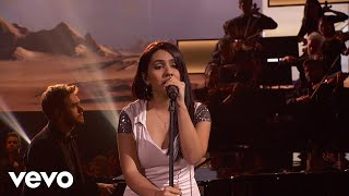Download Zedd, Alessia Cara - Stay (Live On The American Music Awards - 2017) Video
